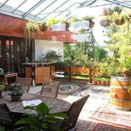 Coronakonforme Outdoor Seminare | überdachter Terrasse Wien